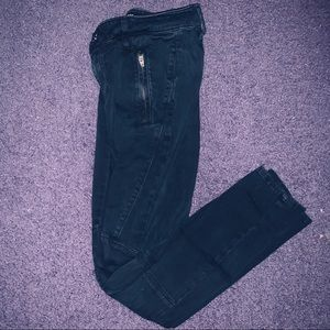 Tna Black Cargo pants with zippers